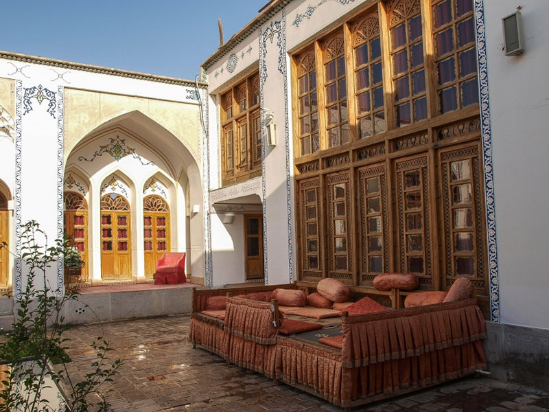 Isfahan_Traditional_Hotel